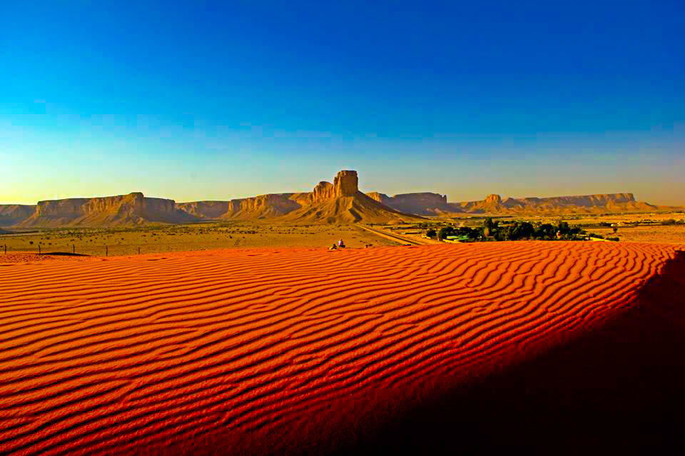 Red sand near Riyadh for high temperature solar