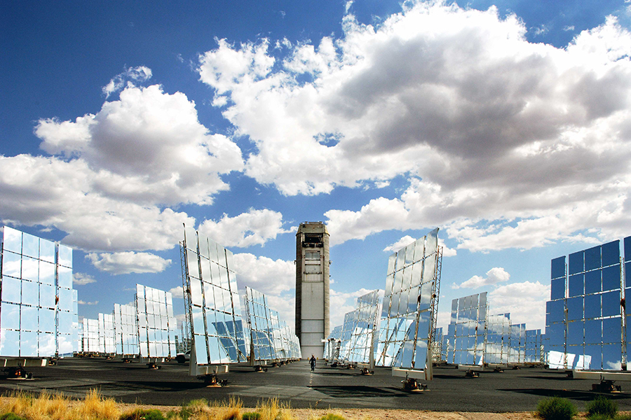DOE to Cut Solar Tower Costs by Pairing Novel Techs with sCO2