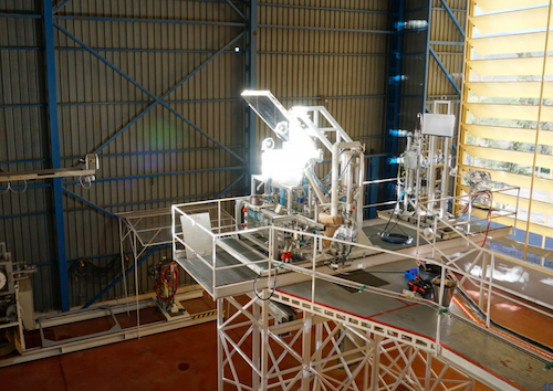 Scientist Devises a Solar Reactor to Make Water and Oxygen from Moon Rocks