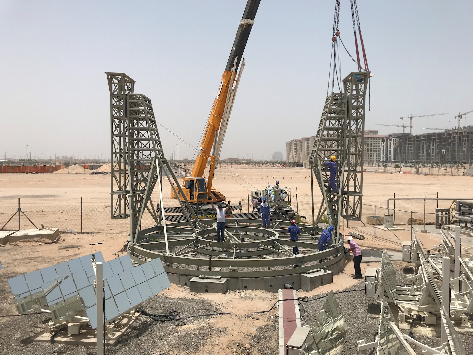 Wahaj Solar beam down solar heat concentrator under construction